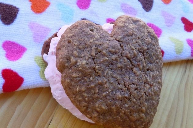 Golden Raisin Oatmeal Cookie