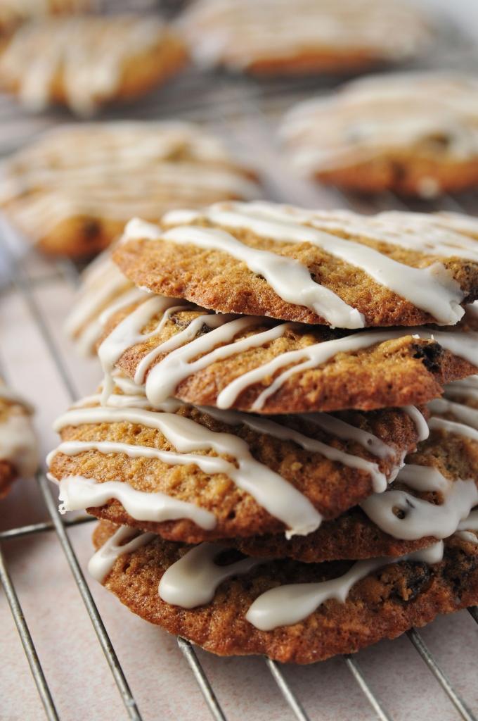 Iced Oatmeal Raisin Cookie