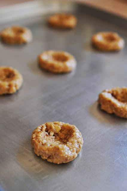 Thumbprint Cookies step 2 - oatmeal cookies