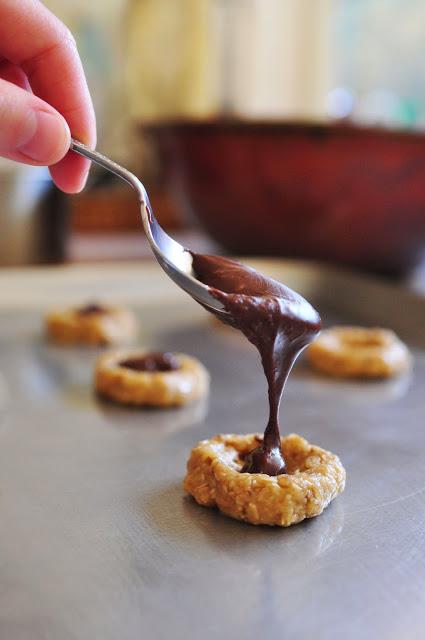 Thumbprint Cookies step 3 - oatmeal cookies